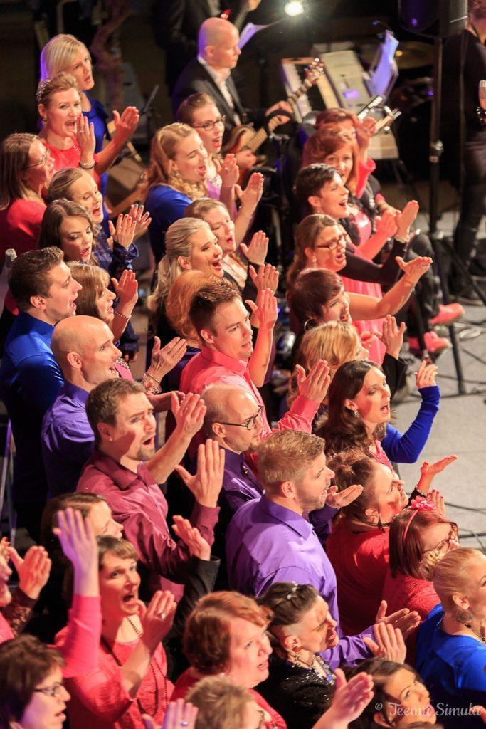 Kuoro sai merkittävän kansainvälisen tunnustuksen saadessaan mahdollisuuden konsertoida New Yorkin Carnegie Hallissa tammikuussa 2017 itsensä säveltäjä sir Karl Jenkinsin läsnäollessa.